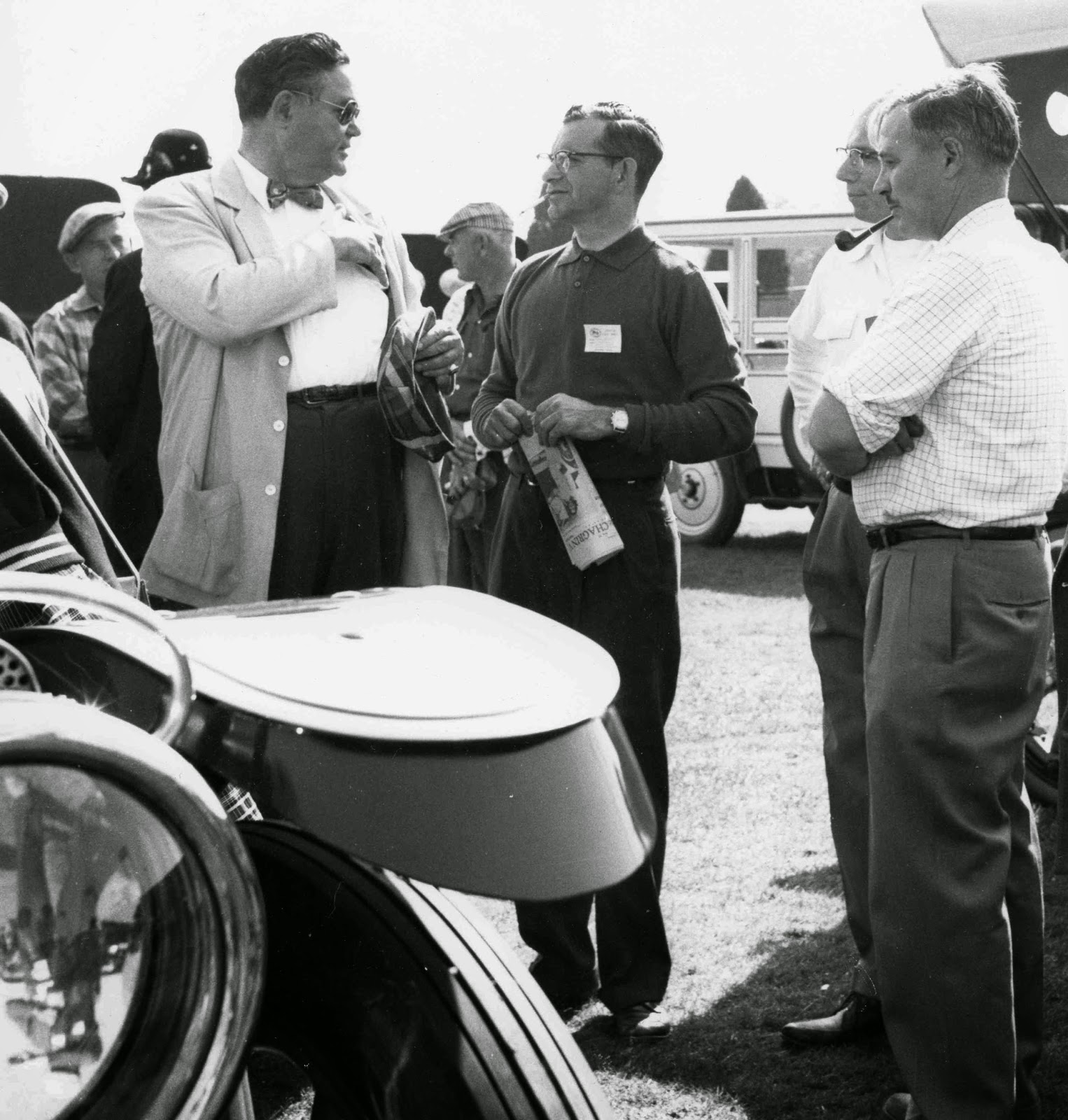 James Melton (left) at the Hershey Meet in 1958 beside a 1910 Thomas Flyer