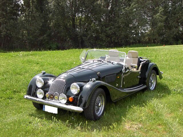 "The ""Classic"" Morgan 4/4 Roadster (Photo Morgan Motor Cars)"