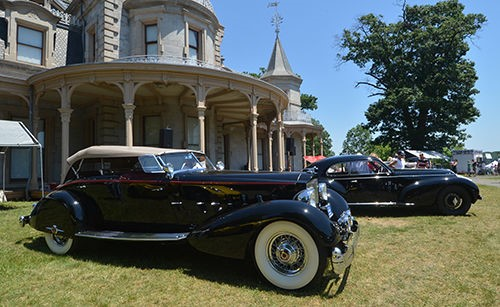 2016 People's Choice winner '34 Packard Sport Phaeton owned by the Pray Family Foundation (Photo Alex on Kleydorff/Hearst Media)