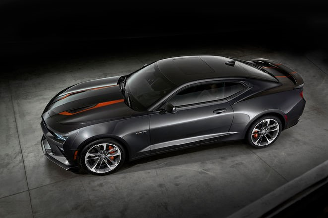 2017 Camaro 50th Anniversary Edition (Photo Chevrolet Division)