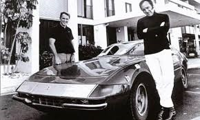Dan Gurney and Brock Yates with the winning Ferrari Daytona relax at the Portofino Inn November 17, 1971 – Archive photo
