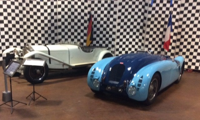 "Winner's Circle – 1937 Bugatti 57G ""Tank"" and 1927 Mercedes Benz Sportwagen"