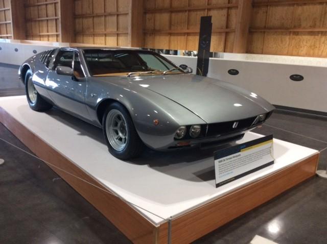 Seductive Supercars: 1969 De Tomaso Mangusta designed by Giorgetto Giugiaro