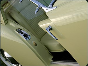 Innovations included sliding entry doors and padded dashboard